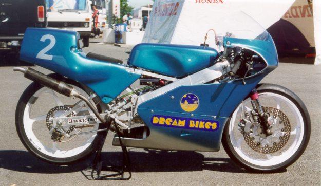 Moto 125 RS tunada