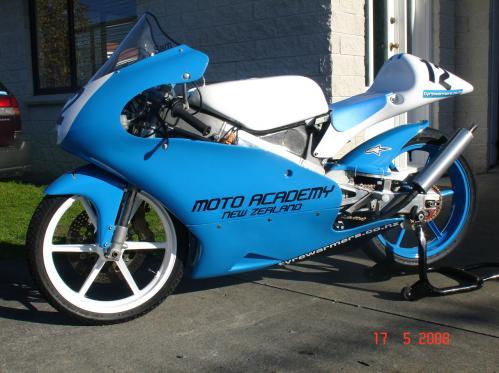 Moto Honda RS 125 tunada